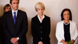 Passos Coelho com Joana Marques Vidal à direita, à data da tomada de posse enquanto procuradora-geral da República (à direita), em 2012