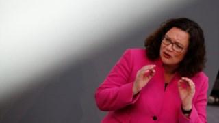 """Andrea Nahles, líder do SPD, disse que """"algo tem de mudar"""" no Governo alemão"""