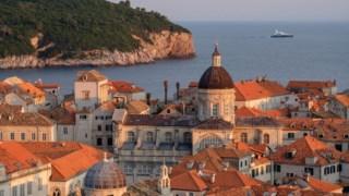 A cidade velha de Dubrovnik, na Croácia, é um dos locais em perigo