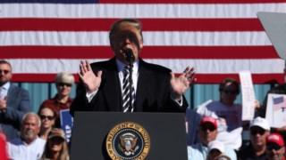 O Presidente Trump fez o anúncio após um comício no Nevada