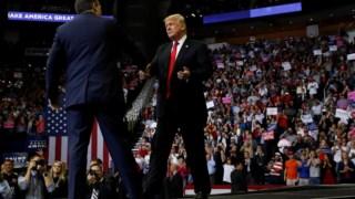 """O """"lying Ted"""" de 2016 é agora """"um grande amigo"""", diz Trump"""