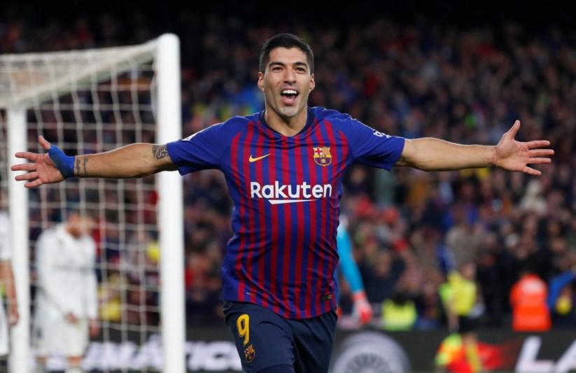 77c2a51f14 Suárez marcou três dos cinco golos do Barcelona
