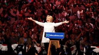 """Hillary Clinton diz que """"gostava de ser Presidente"""""""