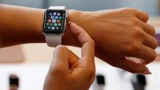 Apple recorre a fornecedores chineses para montar os seus equipamentos