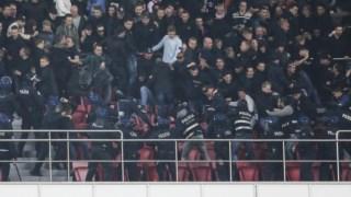 No estádio da Luz registou-se ainda um momento de confronto entre os adeptos do Ajax e as autoridades