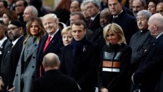 A chegada de Putin: a diferença das expressões de Trump, por um lado, e Merkel e Macron, por outro, foi notada