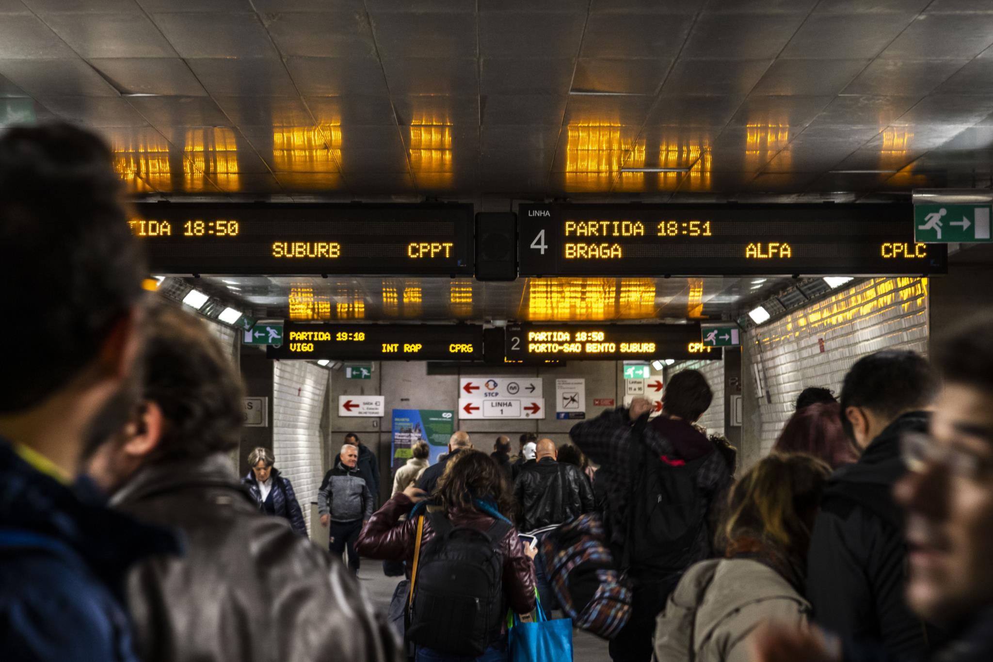 CP sem soluções agrava crise na ferrovia
