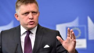 Robert fico demitiu-se do cargo de primeiro-ministro, mas continuou como presidente dos socialistas na Eslováquia