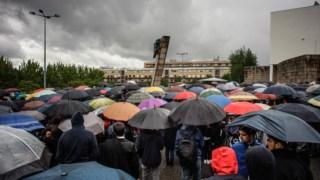 Os estudantes prestaram homenagem no local onde morreram três estudantes, junto ao campus de Gualtar da Universidade do Minho, em 2014