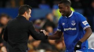 Marco Silva festeja com Zouma o primeiro golo do Everton