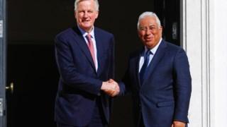 Costa encontrou-se com negociador-chefe da União Europeia para o 'Brexit', o francês Michel Barnier