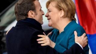 Emmanuel Macron e Angela Merkel em Aachen