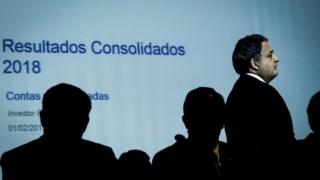 Paulo Macedo alegou situação financeira da Caixa para cortar subsídio de almoço.para