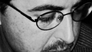 Rui Pires Cabral tem vindo a pôr em prática o princípio de casa a poesia com a colagem