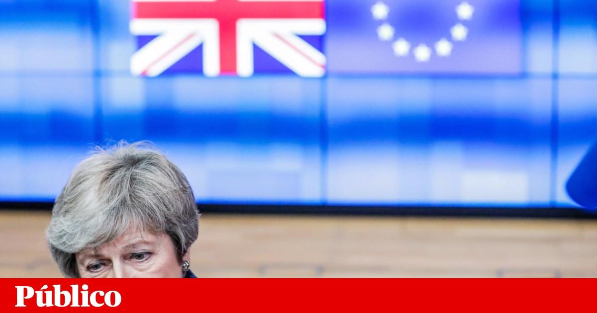 May descarta proposta de Corbyn para manter Reino Unido numa união aduaneira com a UE