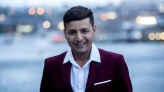 Afroz Shah tem 36 anos e vive em Bombaim, na Índia
