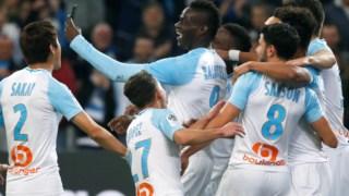 """Balotelli a fazer uma """"instastory"""" no festejo de um golo."""