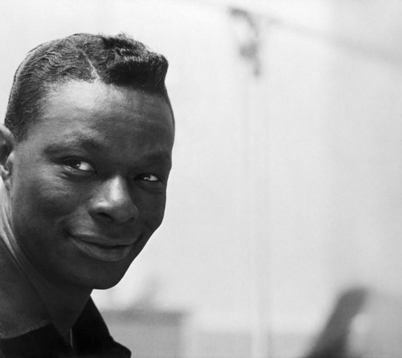 Resultado de imagem para 100 anos de um cavalheiro de voz mágica chamado Nat King Cole