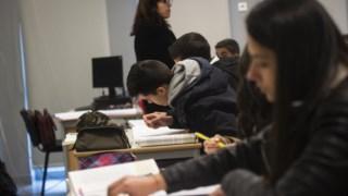 """os adolescentes estão a levantar-se, em média, duas ou três horas """"mais cedo do que deveriam"""""""