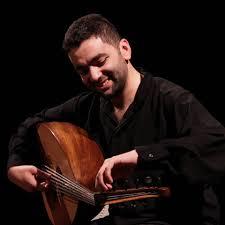 Mustafa Said é cantor e tocador de oud