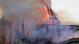 ,Notre-Dame de Paris fogo