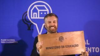 Pedro Nuno Santos entregou o edifício do Ministério da Educação na 5 de Outubro para alojamento para estudantes