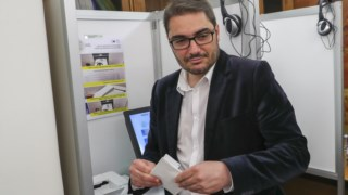 João Oliveira testa voto electrónico