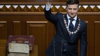 Volodimir Zelenskii tomou posse esta segunda-feira