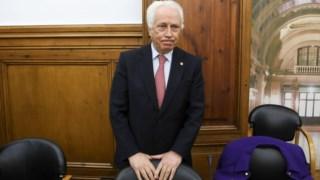 Carlos Costa, governador do Banco de Portugal, forçado a divulgar informação sobre devedores.