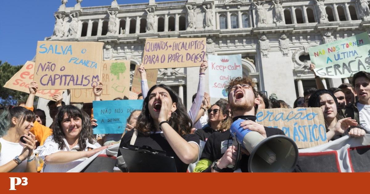 Greve climática: directores de escolas dizem que faltas de alunos podem ser justificadas pelos pais