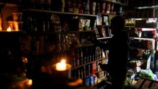 Uma loja à luza das velas em Buenos Aires