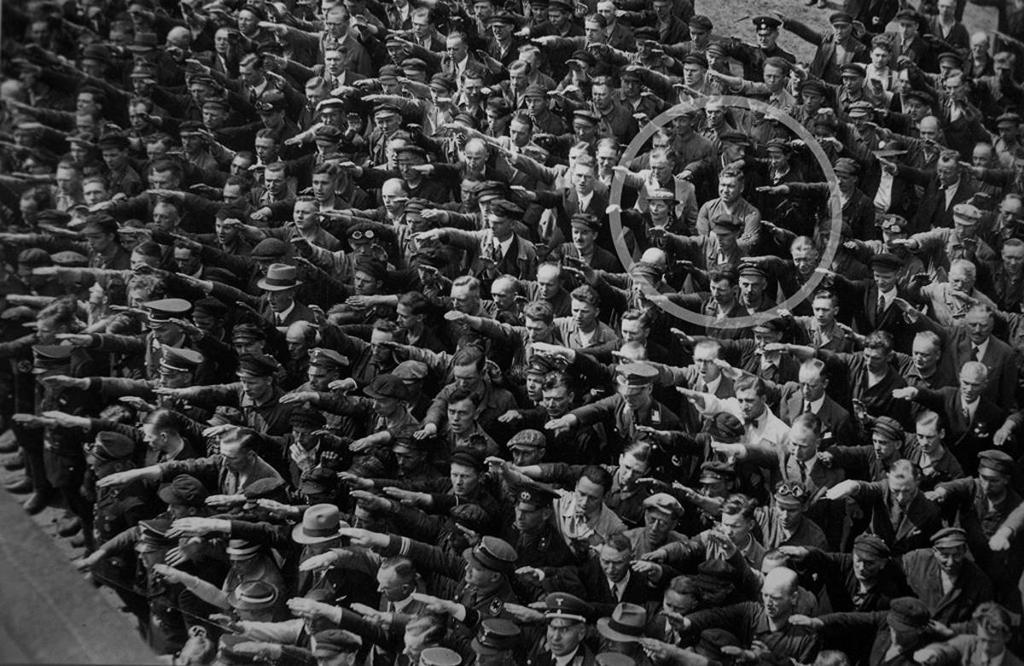 August Landmesser, o homem que não fez a saudação nazi