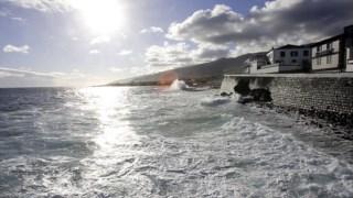 O programa arrancou em 1998 e conseguiu o envolvimento de construtores e antigos baleeiros, tendo permitido recuperar botes e lanchas