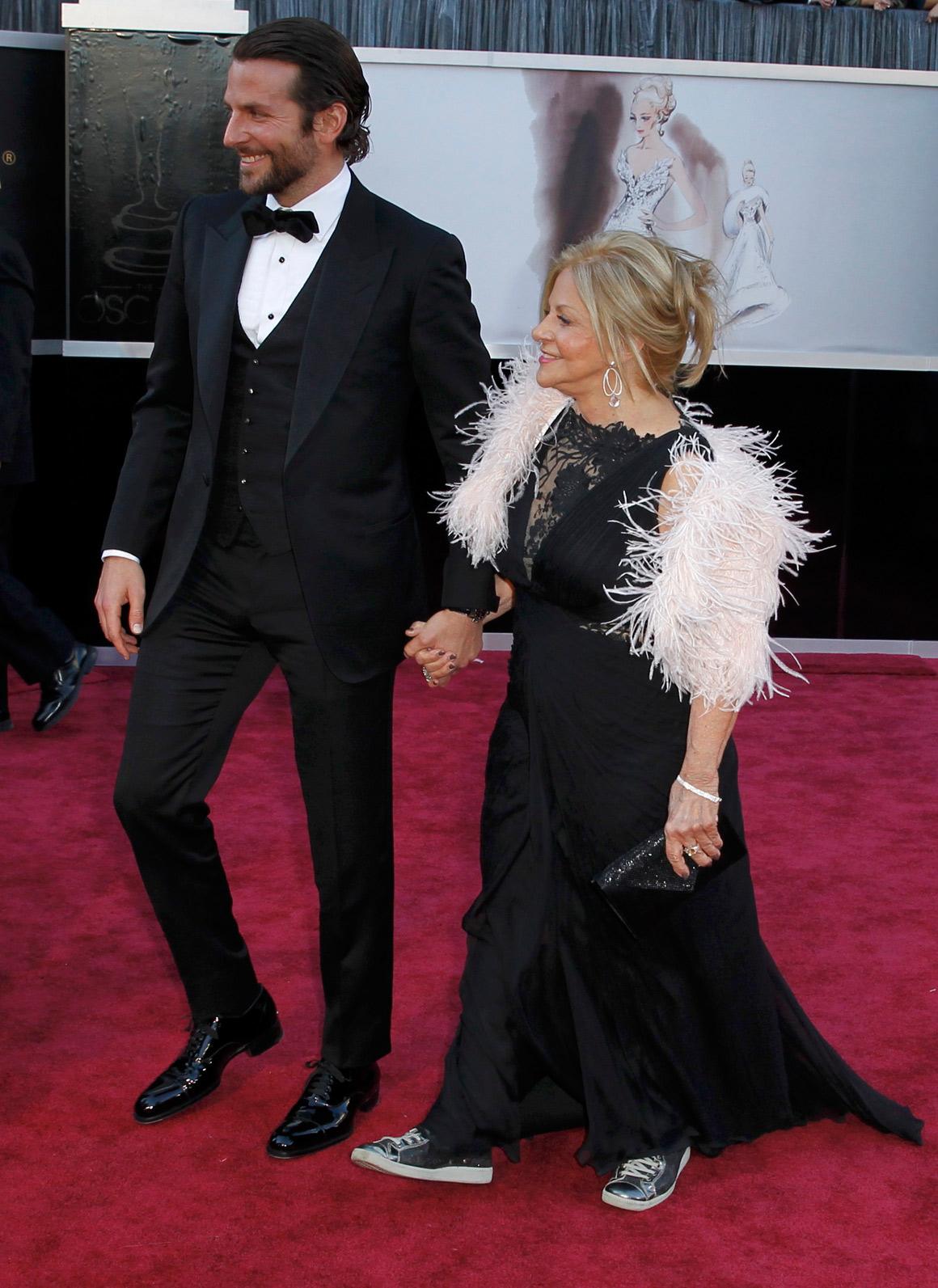 Bradley Cooper e a mãe, Gloria Cooper
