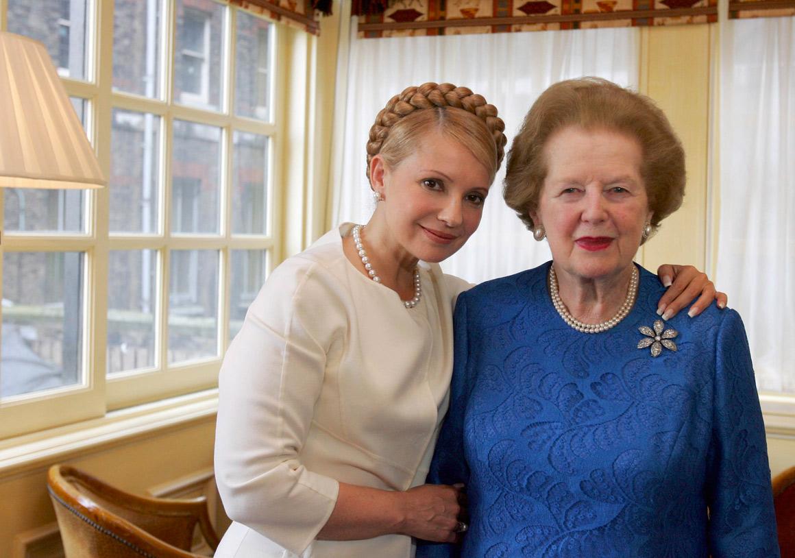 A Dama de Ferro continuou a ser um modelo para outras gerações: aqui com a ex-primeira-ministra ucraniana, Yulia Tymoshenko, em 2007