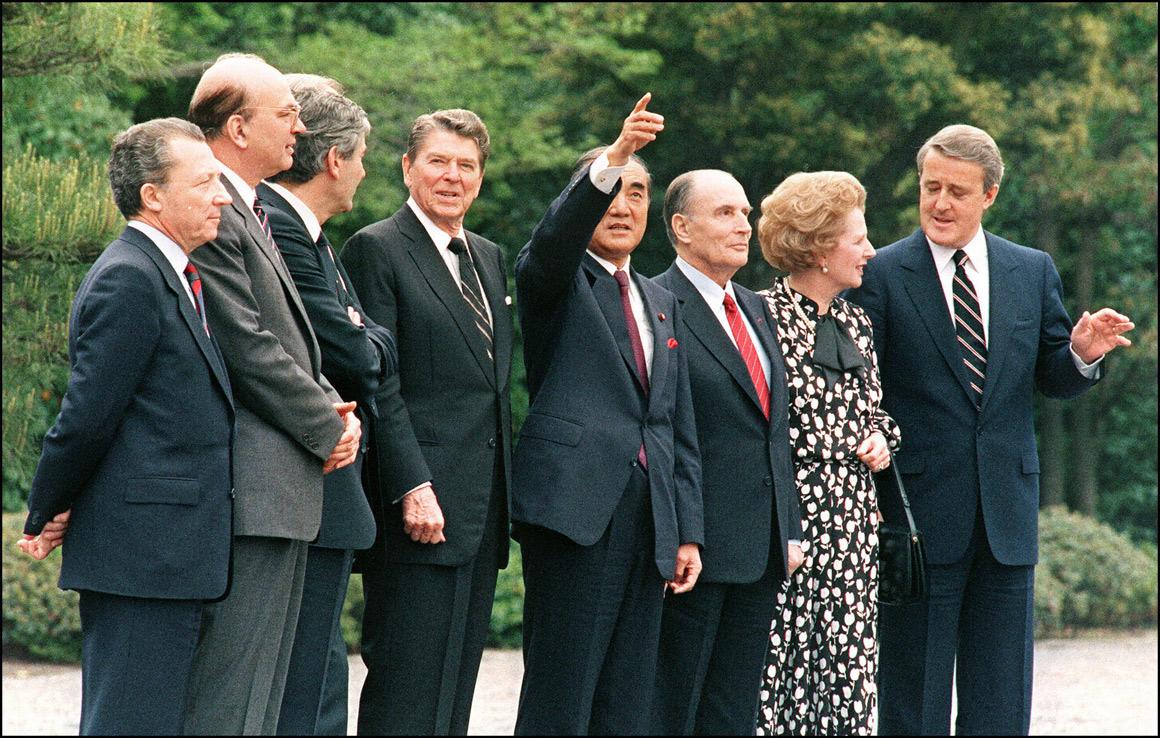 Num encontro de líderes dos países mais industrializados do mundo, em 1987