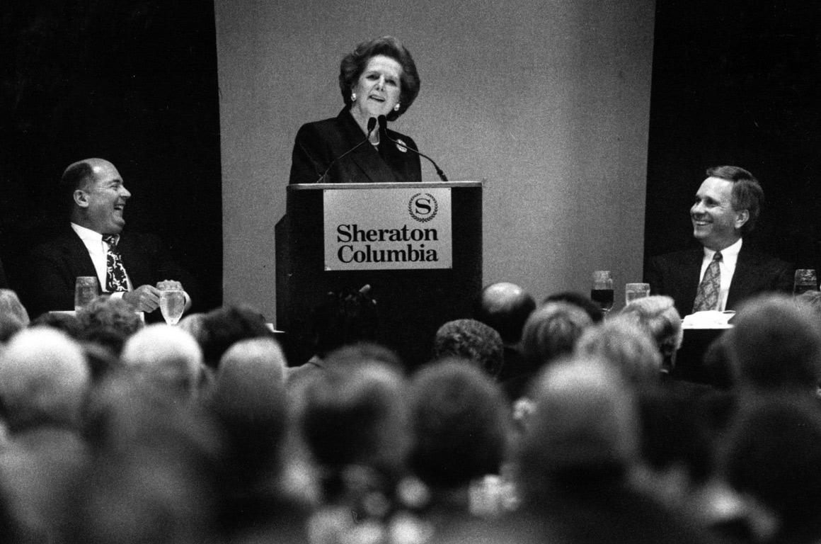 Numa sessão de angariação de fundos para a Lexington Medical Center Foundation, EUA, em 1992