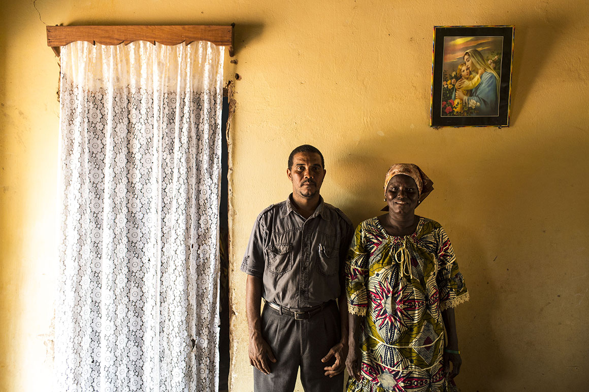 Erasmo Fonseca pediu muito à sua mãe, Maria Geralda Cassamá, para lhe contar quem é o seu pai