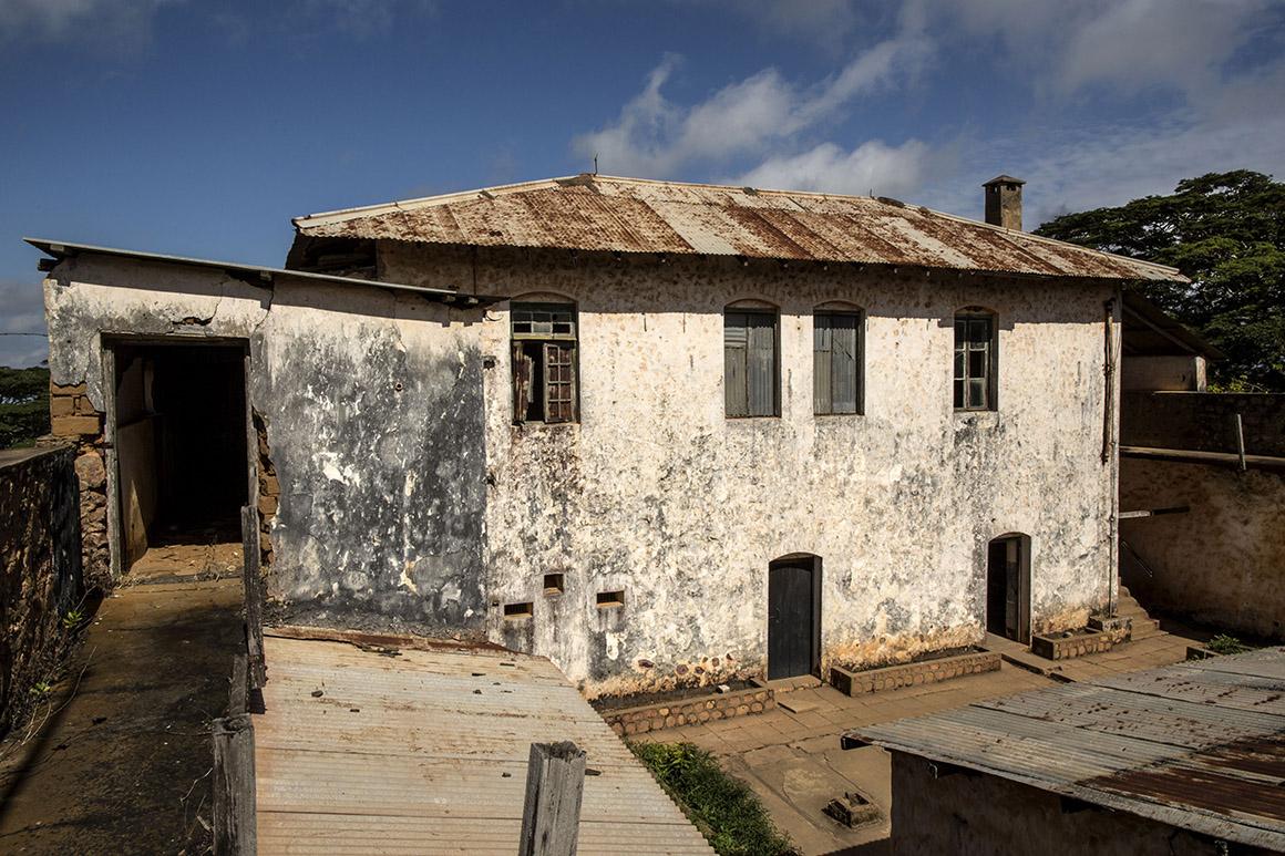 Velho forte alemão de Nevala, na Tanzânia, que os portugueses ocuparam durante um mês