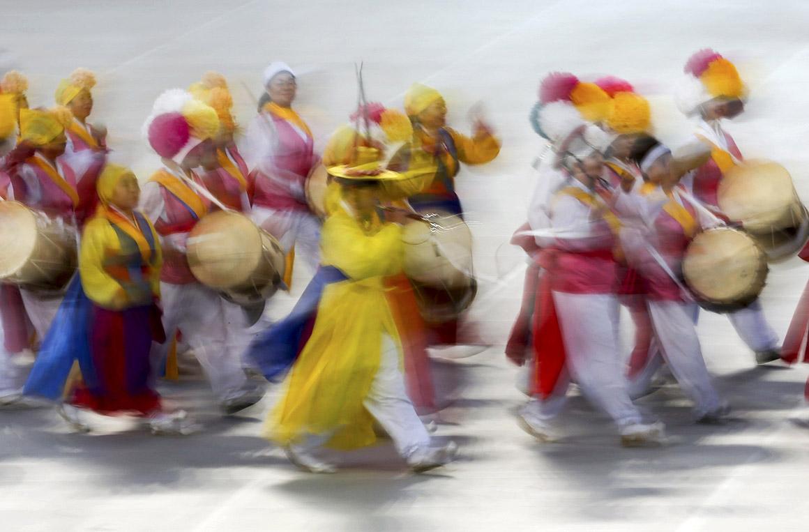 Musica popular n abertura dos jogos Asiáticos , Coreia Sul