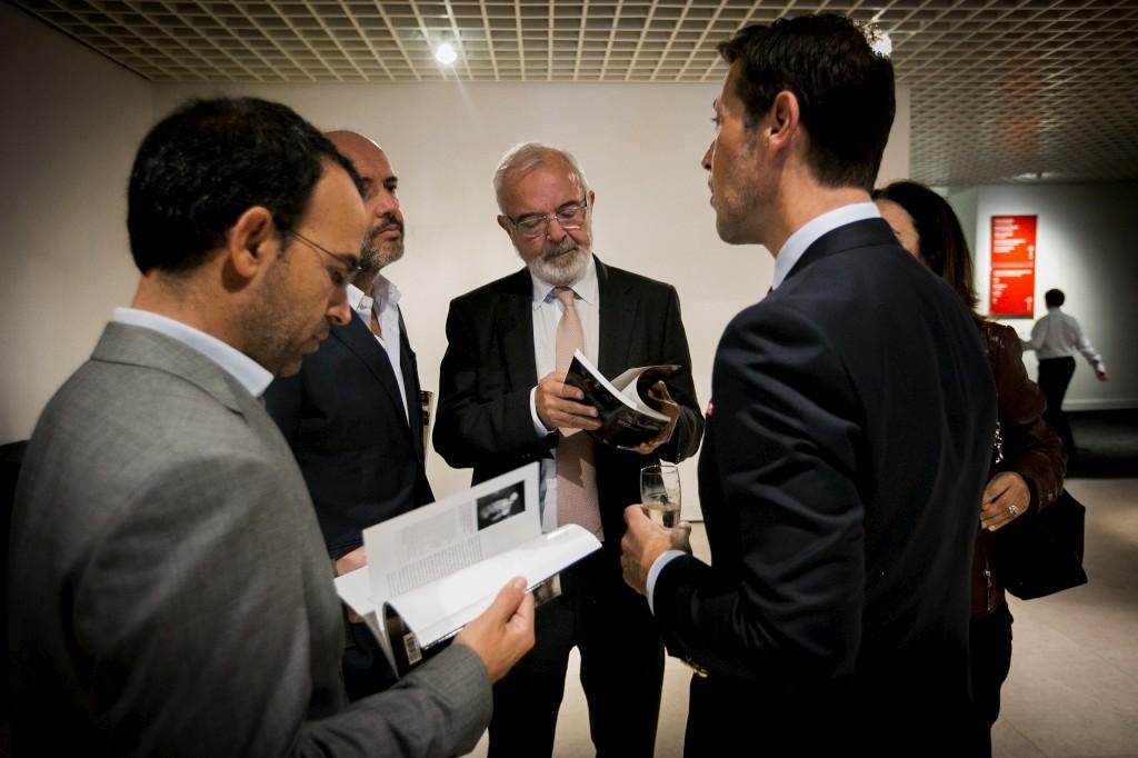 Pedro Adão e Silva e Pedro Marques Lopes, duas das figuras públicas que participam na campanha, ao lado de Fernando Nogueira, presidente da Fundação Millenium BCP, e António Filipe Pimentel, director do museu