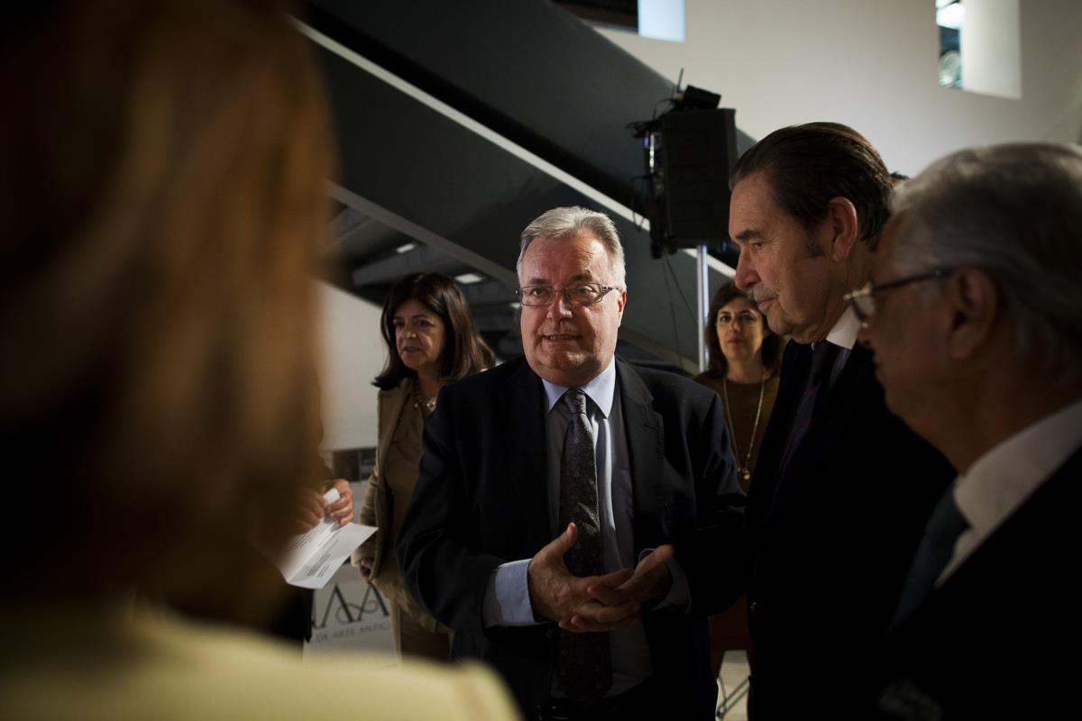 O ministro da Cultura, Luís Filipe Castro Mendes, com o presidente do Grupo dos Amigos do Museu Nacional de Arte Antiga, José Blanc