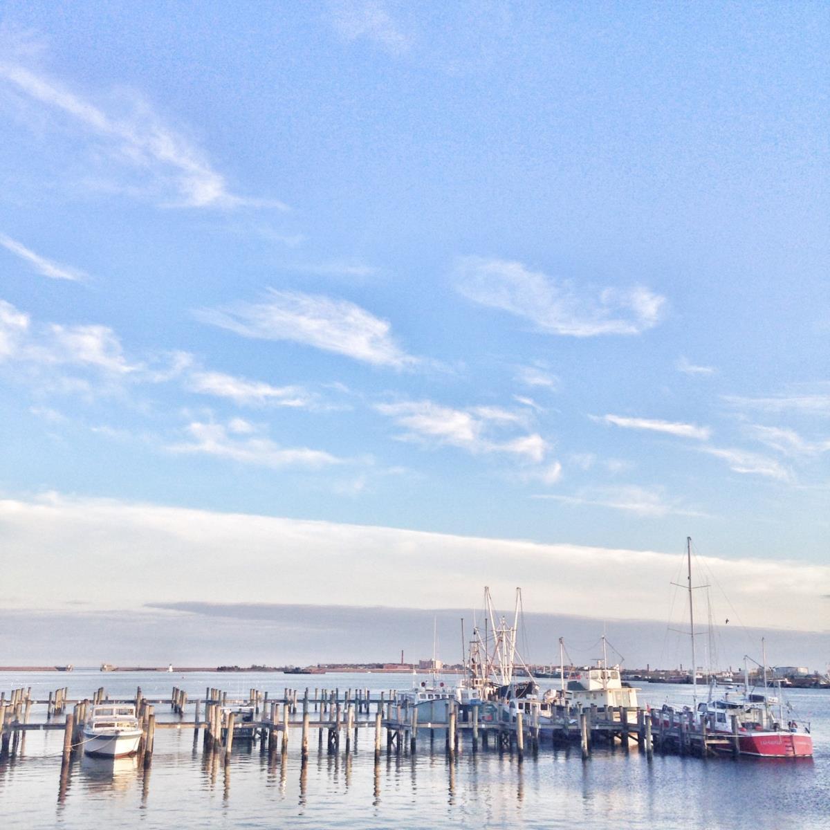 A cidade conheceu outrora enorme pujança económica, fruto da actividade da pesca, sobretudo a da baleia