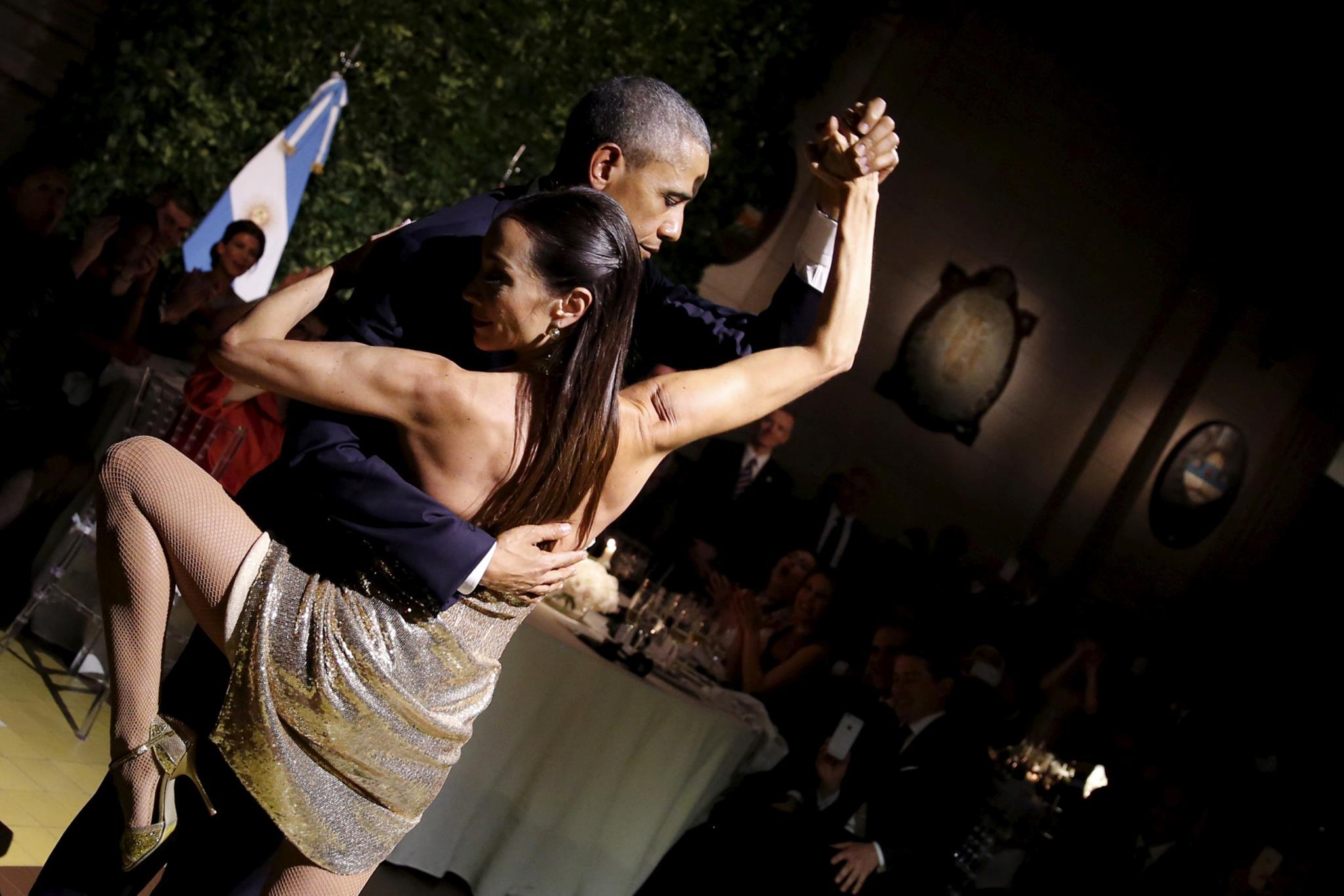 Durante a sua visita à Argentina, Obama dançou um tango num jantar organizado pelo Presidente argentino Mauricio Macri, 2016