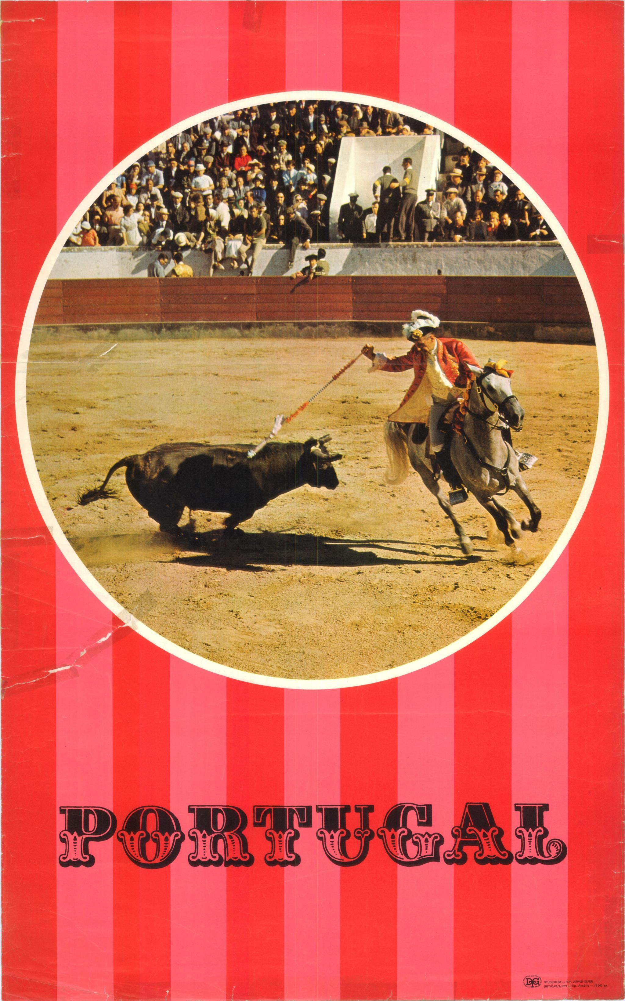 PÚBLICO - Cartaz de 1971 relativo a corridas de touros, produzido pela Direcção-Geral do Turismo