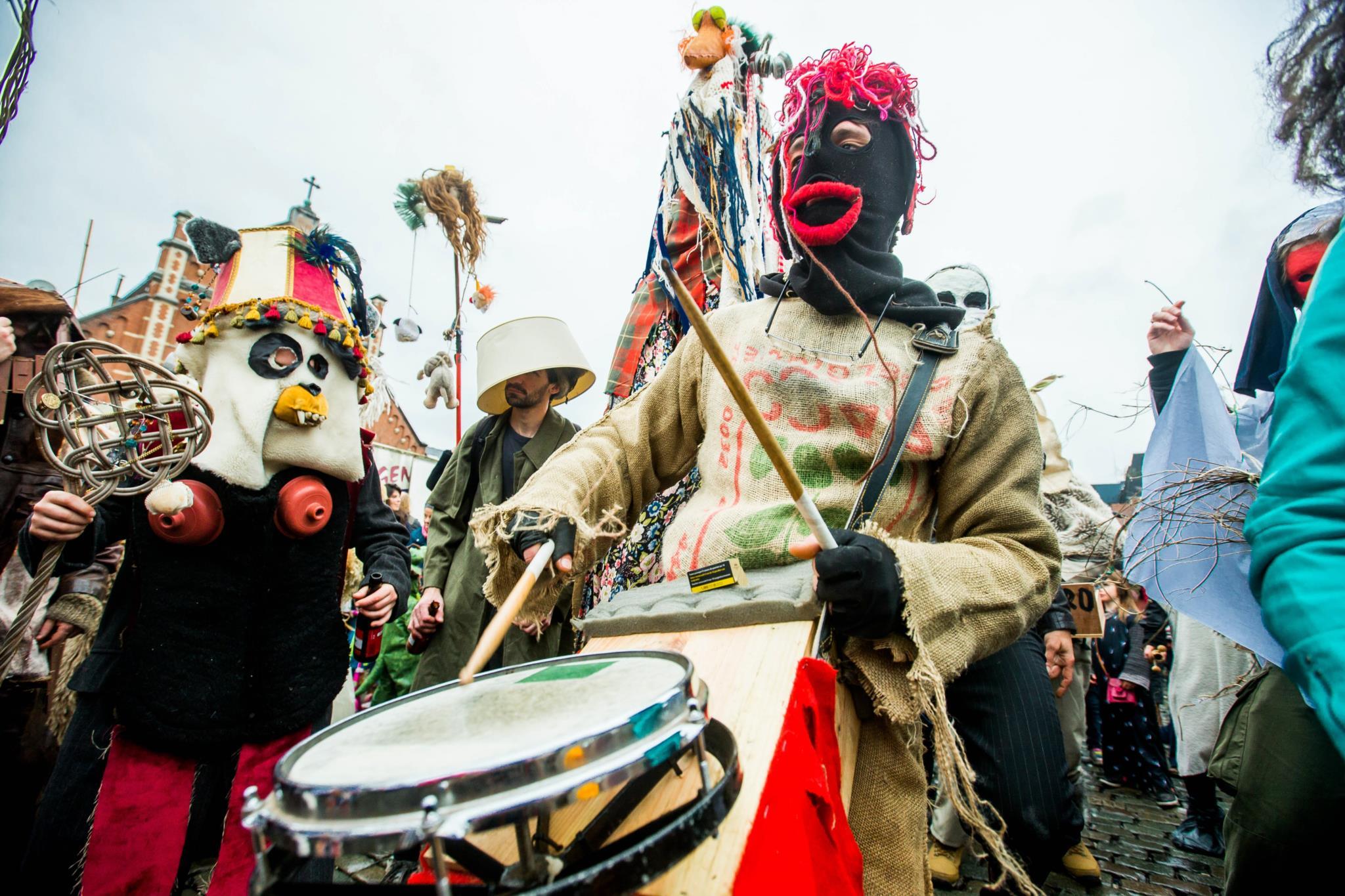 O Carnaval Selvagem de Bruxelas, na Bélgica, que vai este ano na sua quinta edição, celebra a Primavera