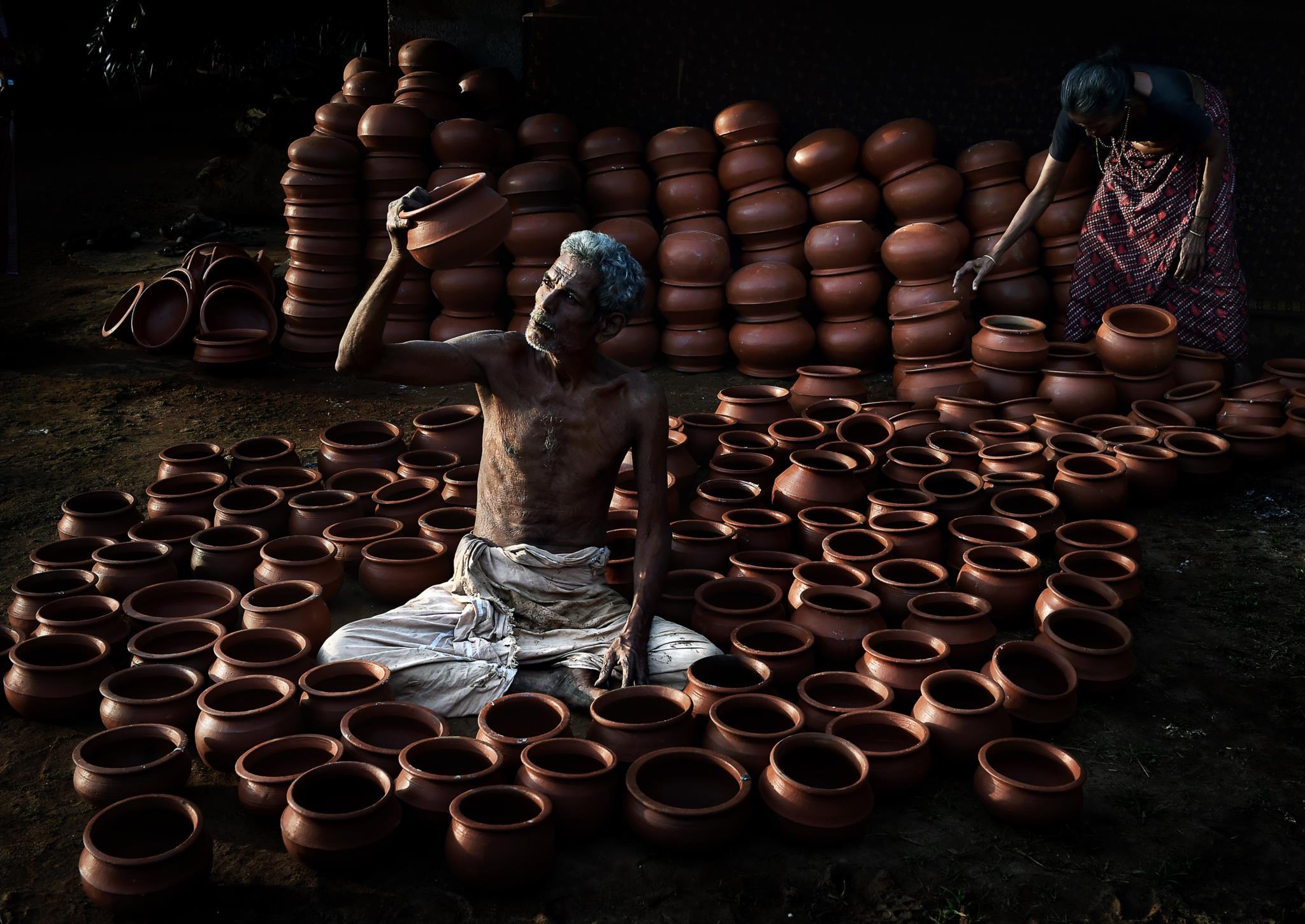 Oleiro na Índia (1.º prémio - Qatar)