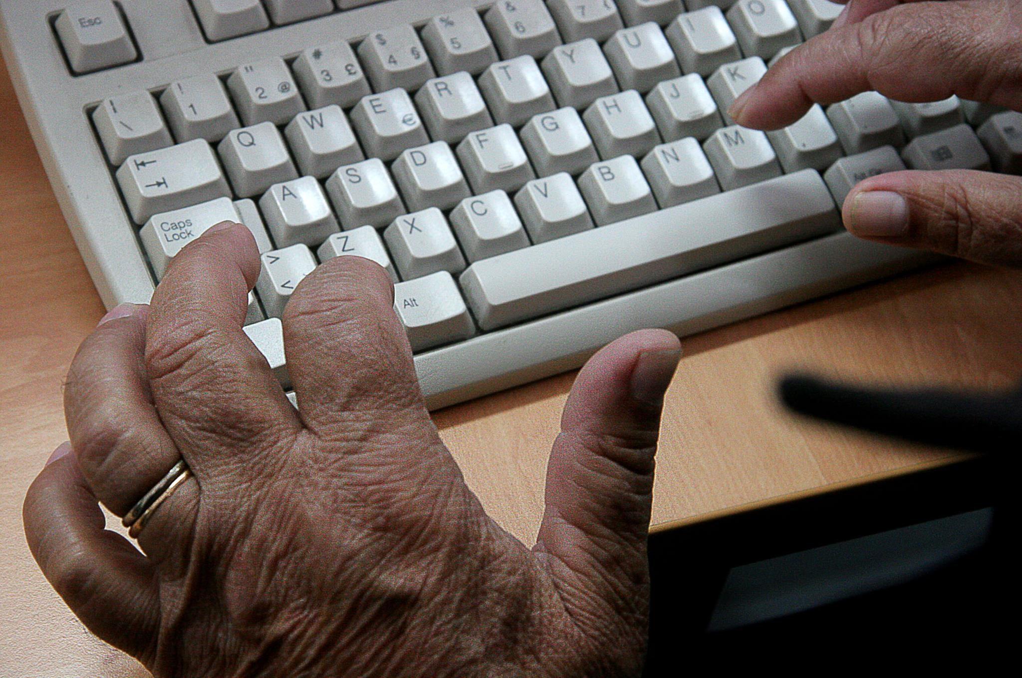 PÚBLICO - O que pode a tecnologia fazer pelas pessoas mais velhas?