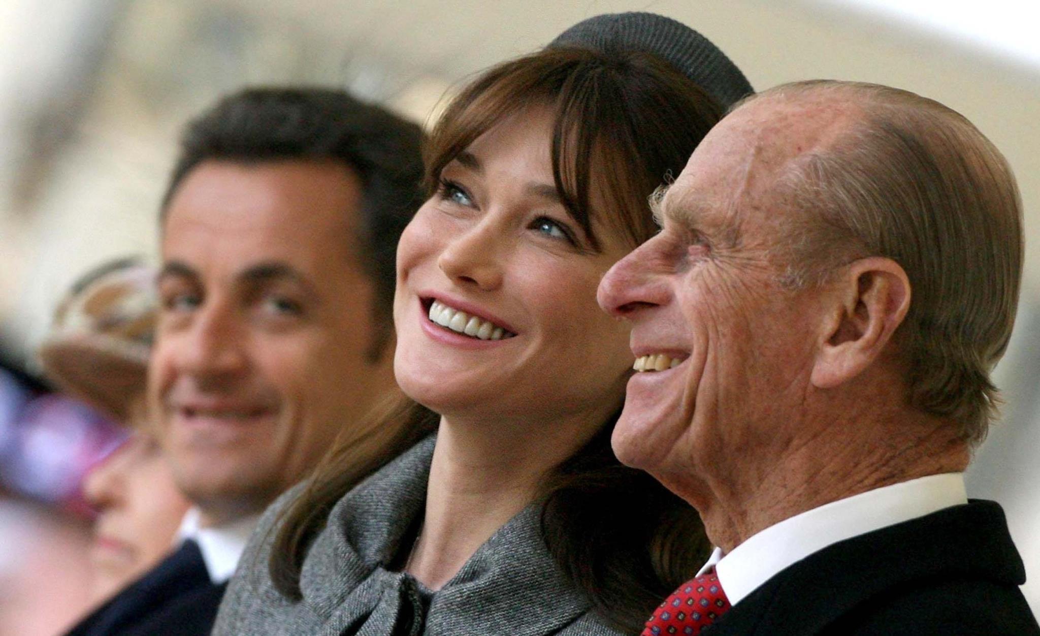 Numa visita oficial do Presidente e da primeira-dama franceses em 2008, Nicolas Sarkozy e Carla Bruni