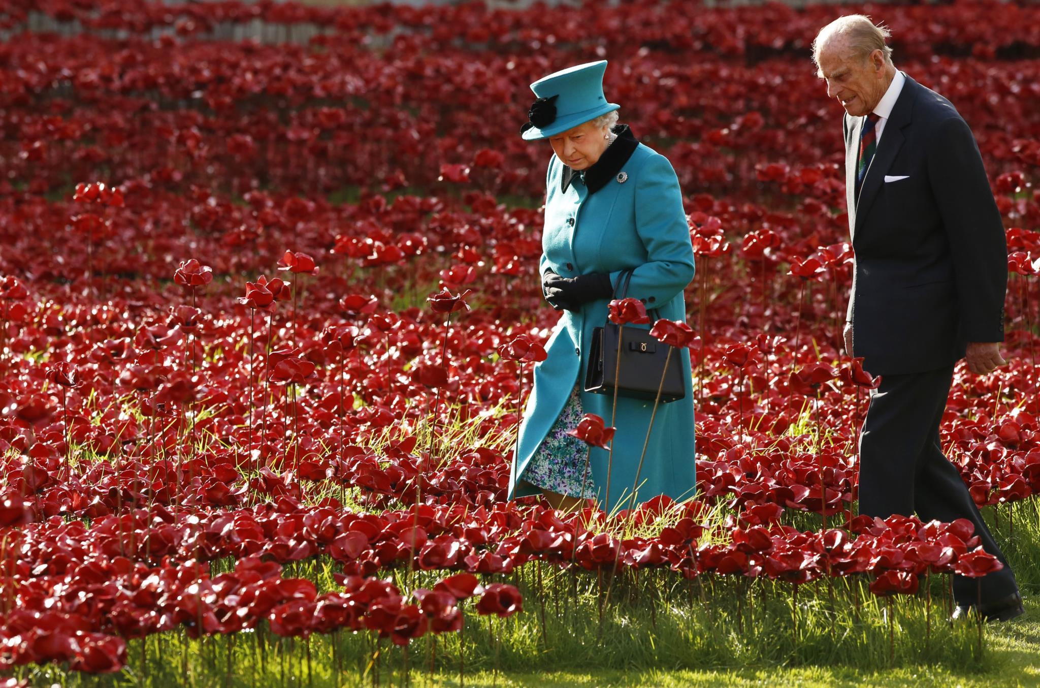 Durante uma visita a uma instalação artística a propósito do centenário da I Guerra Mundial, na Torre de Londres, em 2014